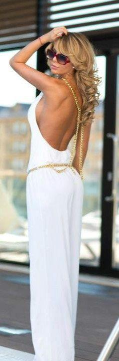 Open back white Luxuriously Chic Via       ✤✤LadyLuxury✤✤: Gold Chains, Summer Fashion, White Jumpsuit, Summer Outfit, Fashion Style, White Dress