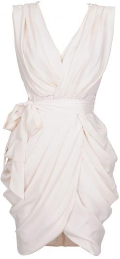 'Monroe' White Chiffon Wrap Dress. Found this dress before on Pinterest but couldn't find it on the internet... finally found it!!!!