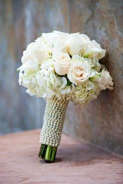 brides of adelaide magazine - pearl wedding - bouquet