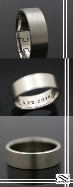 This handsome ring makes an excellent wedding band or remembrance ring. The outside of the band is finished with a smooth satin finish, which the inside is lightly rounded and has a polished finish.The inside of the ring has deeply engraved puzzle pieces,