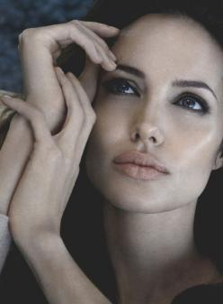 Angelina Jolie by Patrick Demarchelier. For more visit www.breakfastwithaudrey.com.au: Flawless Angelina, Jolie Photo, Jolie Cheeks, Eye Shapes, Angelina Jolie Lips, Angel Jolie, Angelina Jolie Style, Structure Lips, Angelina Jolie Sexy