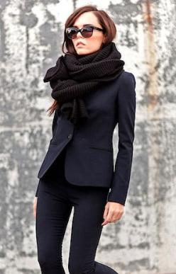 black on black: Street Outfit, Navy Outfit, Fashion Style, Street Style, Work Outfit, Black On Black Outfits, Navy And Black Outfit