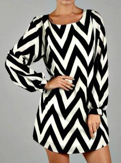 Chevron Shift Dress- Black & White Would look good with yellow belt