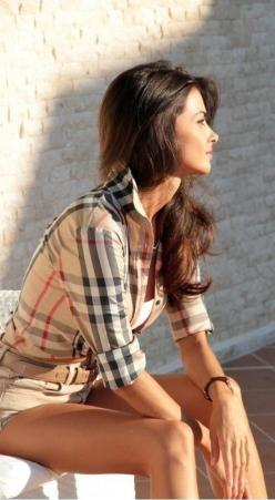 Burberry Blouse: Fashion Style, Spring Summer, Burberry Plaid, Burberry Button