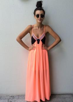 Casual maxi dress~perfect for the summer. Would look really cute with a 3/4 blue jean jacket for the afternoon: Summer Dresses, Summer Maxi Dress, Maxis, Spring Summer, Black Maxi, Coral Maxi Dresses, Dresses Skirts