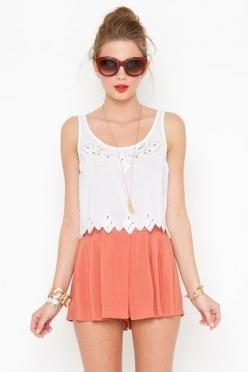 Creo que me voy a hacer un board sólo de verano y festivales.: Silence Shorts, Crop Tops, Dream Closet, Summer Style, Flowy Shorts, Spring Summer, Summer Outfits, Clothes Dresses Bathing, Coral Shorts