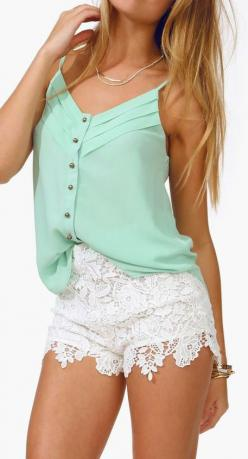 Lace shorts + mint green shirt: Mint Green Outfit, Short Mint Green Dress, Laced Shorts, White Short Dress, Color Combinations, Spring Outfit, Like Outfit, Short Chiffon Dress, White Lace Shorts Outfit