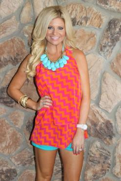 Love!: Fav Colors, Colors Patterns, Cute Tops, Cute Outfits, Color Combinations, Chevron Tops, Coral Turquoise, Bright Colors