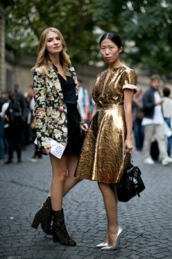 Paris Fashion Week Spring 2014 Attendees Pictures - StyleBistro: Party Outfit, Girl, Fashion Style, Fashion Week, Street Styles, Floral Blazer, Streetstyle Fashion, Gold Dress