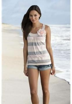 STRIPE TANK WITH CHIFFON FLOWER TRIM: Chiffon Flowers, Fashion Style, Cute Beach Outfits, Flower Trim, Cute Summer Outfits, Outfits Ideas, Clothing Outfits