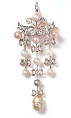Fabergé pin at Wartski..This is sooo adorable!!! I love it!!!
