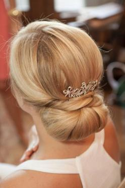 These Stunning Wedding Hairstyles Are Pure Perfection - MODwedding: Vintage Bridesmaid Hairstyles, Wedding Ideas, Weddings, Makeup, Bridal Hairstyles, Hairstyles Wedding, Beauty, Elegant Wedding Hairstyles