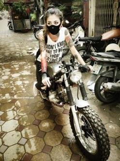 ❤️ Girls on Bikes ❤️ Biker Babes ❤️ Lady Riders ❤️ Girls who ride rock ❤️ Women Riding Motorcycles ❤️ TinkerTailorCo ❤️ #bikerstopsuk ❤️: Girls And Bikes, Girls On Bikes, Biker Girls, Girl Motorcycle, Motorcycle Girls, Lady Biker, Girls Motorcycles, Girls