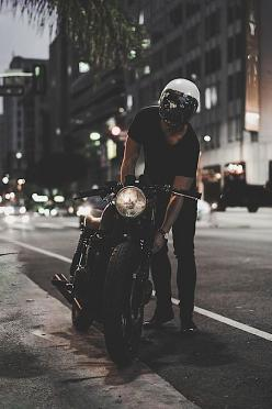 Hyper-Caine — thelavishsociety: Night Rider by Eric Steez #caferacerculture #motos | caferacerpasion.com: Motorcycles Bikers, Racer Motorbikes, Cars Motorcycles, Caferacerculture Motos, Cafe Racer