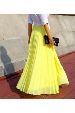I love this skirt and the yellow color. I would rock this any day.: Yellow Maxi Skirts, Longskirt, Yellow Pleated, Long Skirts, Maxiskirt, Pleated Maxi Skirts, Pleated Skirts