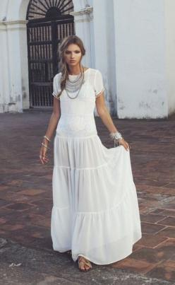 More boho luxe looks here - http://dropdeadgorgeousdaily.com/2014/02/boho-luxe/: Summer Dress, Statement Necklace, For Love And Lemons, Jewelry Maxidress, Gorgeous Dress, White Maxi Dresses, White Dress, Bohemian Style