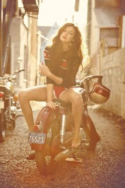 Photographer: Matt Barnes: Biker Chick, Bikes Girls, Biker Girl, Motorcycle Girls, Cafe Racer, Bikergirl, Vintage Motorcycle