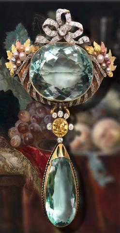 Antique aquamarine, diamond and pearl pendant brooch, c.1900.: Jewelry Pearl, Diamond Brooch, Birthstone, Aquamarinebrooch, Antique Diamond