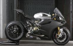 A modern bike with some grit - Ducati 1199 RS Panigale: Motorbikes Mylife, Cars Automobiles Motorcycles, Motorbikes Cafe, Cars Motorcycles, Cars Motorcycle Stuff, Bikes Motorcycles, Ducati Motorcycles, Cars Bikes, Ducati Motorbike