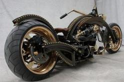 Custom motorcycle builders Ferry Clot are a fans of Steampunk Art.: Harley Davidson, Steampunk Chopper, Steampunk Bike, Cars Motorcycles, Custom Motorcycles, Steam Punk, Custom Bike