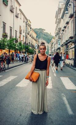Flowy maxi skirt, any color, must be long!: Summer Outfit, Black Tank, Dream Closet, Street Style, Maxiskirt, Spring Summer, Top Knot, Maxi Skirts