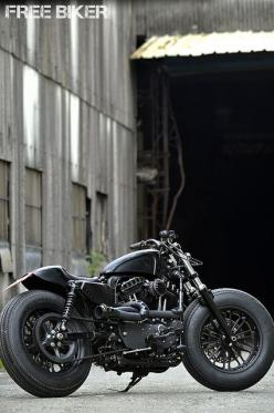 Handmade re-noog - eeeed Sportster. Sweet!: Harley Davidson, Power Harley, Cars Motorcycles, All Black, Super Bikes, Cars Bikes, Custom Bikes, Motorcycle S, Cafe Racers