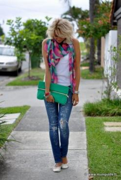 I am not sure where everything is from, but the idea here is look how easy it is to dress up a simple white tank & jeans with a colorful, patterned scarf!!! Oh the possibilities are endless ❤: Simple Outfit, Outfit Idea, Dream Closet, Cute Outfits, Co