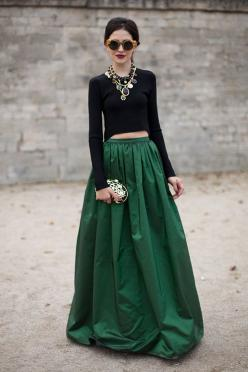 Love the skirt. So bad im so short and I dont live in Paris, Bogota is not the place to wear it! STREET STYLE SPRING 2013: PARIS FASHION WEEK - Emerald green and precious stones make for a streamlined statement.: Paris Fashion Week, Green Maxi Skirt, Stre
