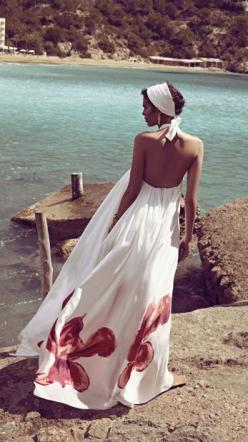 Oh please, let this be me sometime soon...  Flowy dress blowing in the sea breeze.  *sigh*: Floral Maxi Dress, Summer Dresses, Flowy Dresses, Street Style, White Maxi Dresses, Gorgeous Dress, Summer Maxi Dresses, Tropical Vacation Outfits