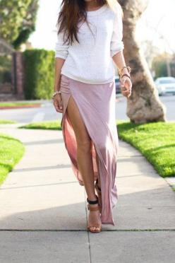 side slit maxi skirt: Jersey Maxi Skirts, Outfit Idea, Thigh High, Fashion Style, Clothing Jewelry, Spring Summer, Slit Skirt, Oversized Sweaters, Side Slit