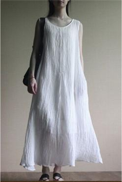 Linen Dress in white