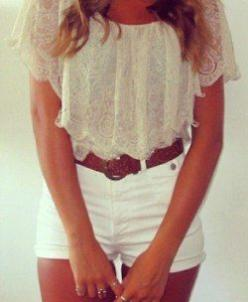pretty summer outfit. It would be great if I could pull this off..