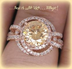 Rare Round Champagne Morganite Vintage by ItWasLikeMagic on Etsy, $1540.00