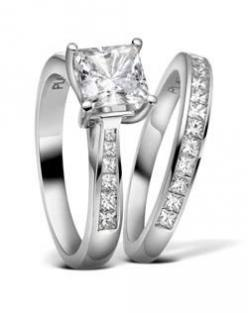 engagement ring engagement ring engagement ring...looks like ur engagement ring except urs is prettier!!