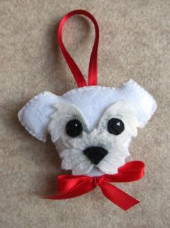 Customized dog felt keyring ornament by Lilolimon: Diy Dog Ornament, Felt Dogs, Cat Felt Ornament, Felt Cat, Felt Dog Ornament, Dog Felt Ornament