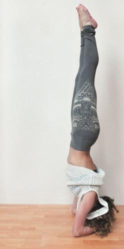 Organic bamboo terry high waisted yoga by seaofwolvesdesign - I just got a pair and they are so, so awesome!  and made in canada :): Cute Yoga Outfit, Yoga Style, Yoga Design, Yoga Pant Outfit, Cute Yoga Pants Outfit, Yoga Cloth, Yoga Workout