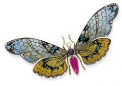 AN EARLY 20TH CENTURY ENAMEL, SAPPHIRE, AMETHYST, PEARL, DIAMOND, SILVER AND GOLD BUTTERFLY BROOCH, circa 1900