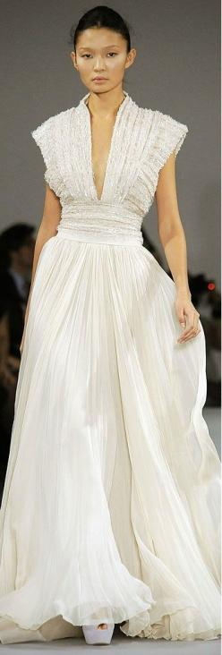 Elie Saab - the shimmer of the fabric is the style star on this gown.