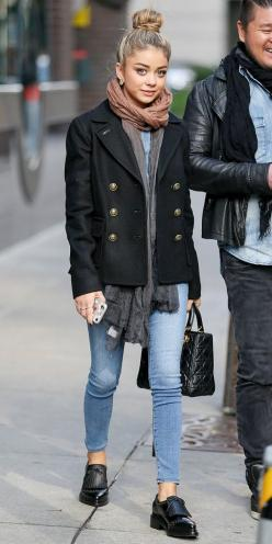 Sarah Hyland bundles up in a military-inspired coat, skinny jeans and ombre scarf: Sarah Hyland Outfit, Skinny Jeans, Loafer Outfit, Style, Outfit Oxford, Fall Winter, Easy Chic, Christmas Gift, Bun Outfit