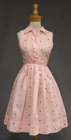 1950's day dress in pink gingham cotton with floral embroidery@Jennifer Davis