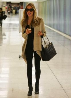 Recreate with CAbi Fall '14 Confetti Sweater, ponte legging and applaud top. Cannot wait for fall!: Kristin Cavallari Outfits, Casual Styles, Casual Travel, Nude Black, Travel Style, Fall Winter, Winter Fall, Travel Outfits, Cavallari Lax