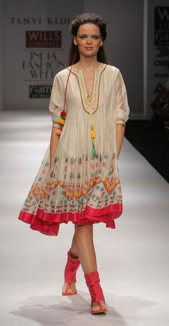 Tanvi Kedia~ OF COURSE I HAVE PINNED IT ALREADY!!! That's how I know I really love it. And the sandals!: Boho Chic, Tanvi Kedia, Summer Outfit, Fashion Week, Anarkali Dresses, Bohemian Style, Create, Red Boho Dress