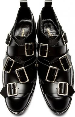 Will you wear it? Designer is very proud of this one. Comme des Garçons: Black Leather Buckle Oxfords #pakistan #india: Commes Des Garcons Shoes, Comme Des Garcons Shoes, Black Leather, Oxfords Shoes, Boys, Leather Buckle, Buckle Oxfords, Shoes Black