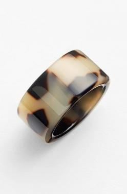 Free shipping and returns on L. Erickson 'Stella' Ring at Nordstrom.com. A luminous, subtly varied finish calls attention to a modern, minimalist statement ring.: Minimalist Statement, Statement Rings, Erickson Stella, Tortoise Shell, Nordstrom Co