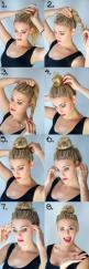 wow she made this look too easy...: Messy Bun, Hairstyles, Hair Styles, Hair Bun, Hair Tutorial, Hair Makeup, Top Knot